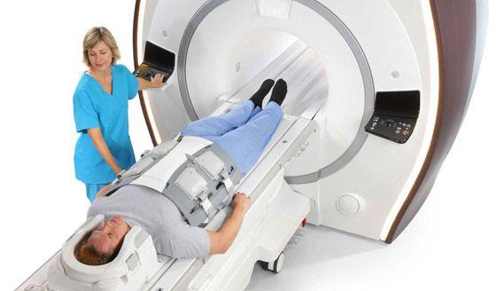 проведение мрт сканирования позвоночника